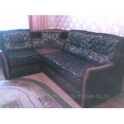 Угловой диван. драпировка новой тканью фото