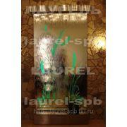 Водопад по стеклу или зеркалу с изображением фото