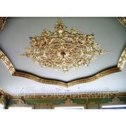 Ручная лепнина и декоративная отделка потолка и стен фото