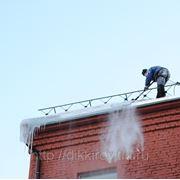 Очистка крыши от снега и наледи. (Только г.Киров Кировской области) фото