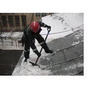 Уборка снега с крыш. Очиска кровли от снега. Чистка крыш от снега и сосулек.89171024277 фото