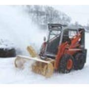 Уборка и вывоз снега в Санкт-Петербурге. фото