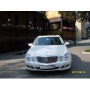 Прокат автомобиля Мерседес E211 (2011) на свадьбу