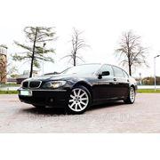 Новинка: черный BMW 750 L на свадьбу фото