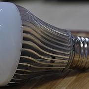 Светодиодные лампы с цоколем E27 фото