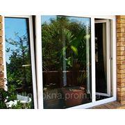 Вікно кольорове у вітальню з покращенною шумоізоляцією фото