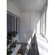 Отделка ламинир-ми панелями(Ясень-серый)лоджия 6метров фото