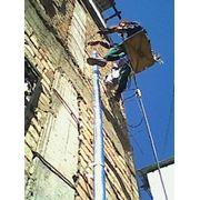 Монтаж, установка, замена, ремонт водосточных труб и желобов фото