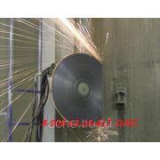 Резка бетона, дверных и оконных проемов фото