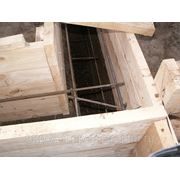 Монтаж фундамента ленточные, фундамент-плита, буронабивные сваи фото