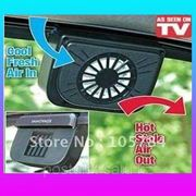 Вентилятор солнечный для вентиляции воздуха в автомобиле. Вентилятор охлаждения. фото