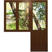 Изготовление и монтаж балконных блоков ПВХ с двойным остеклением, цвет-золотой дуб/махагон фото