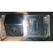 Штатная камера заднего вида для Toyota Landcruiser 200 фото
