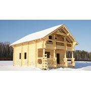 Изготовление срубов деревянных домов, бань любой сложности из древесины северных пород фото