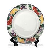 Печать на тарелке с орнаментом ягоды фото