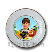 Фото на фарфоровой тарелке фотография