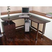 Угловые столы фото