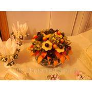 Оформление фруктами стола молодоженов. фуршеты фото