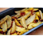 Молодой картофель с беконом фото