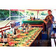 Плавучий ресторанчик фото