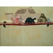 Изготовление полок из оргстекла (акриловое стекло) под заказ фото