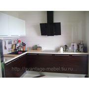 Кухня c фасадами из шпона фото