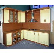 """Кухонная мебель """"Орех"""" фото"""