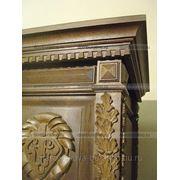 Резной декор из дерева для эксклюзивной мебели. фото