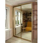 Зеркальный шкаф-купе фото