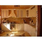 Классическая кухня из шпона фото