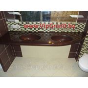 Столешница в ванную комнату с мойкой из искусственного камня фото