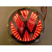 Эмблема светодиодная 3D VW 11х11cм. Red фото
