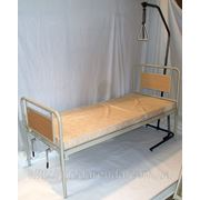Аренда медицинской электрической кровати с надкроватной трапецией и медицинским матрасом в комплекте. фото