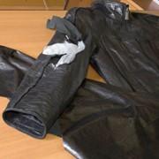 Замена воротника, кармана, манжета в кожаном изделии - куртке, плаще, дубленке в салоне ателье Горностай, пошив и ремонт кожаной одежды, Киев