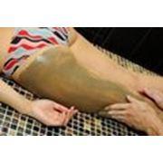 Моделирующий антицеллюлитный массаж с использованием грязей.