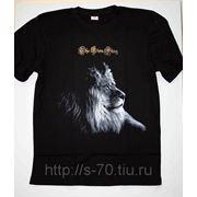 Ч/Б фото на черной футболке