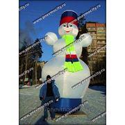 Надувная новогодняя фигура. Снеговик фотография