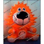 POS материалы: форма: лев, логотип фото