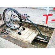 Прокладка оптических и медных кабелей связи в грунт. фото