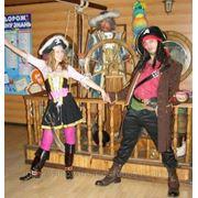 Пират на детский праздник фотография