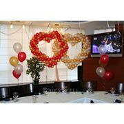 Сердца и фонтаны из воздушных шаров фото
