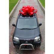 Украшение автомобиля в подарок. фото