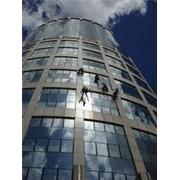 Мойка окон, фасадов здания и промышленных конструкций фото
