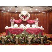 Сердце, драппировка тканью, воздушные шары, искусственные цветы, НЕДОРОГО, в Алматы фото