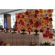 Цветочное оформление зала фото