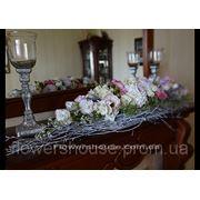 Свадебное оформление живыми цветами. Свадебная композиция. Киев фото