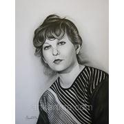 Женский портрет.Графика сухой кистью. фото