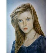 Рисование цветного портрета в технике Сухая кисть.Портрет девушки. фото
