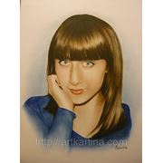 Цветной портрет девушки.Графика на заказ фото