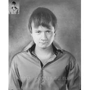 Портрет юноши, портрет с фотографии фото